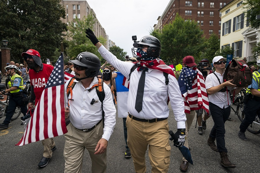 Nazis marching by Jim Lo Scalzo / EPA