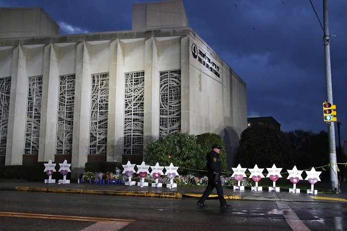 AP Photo of Pittsburgh Synagogue/Gene J. Puskar